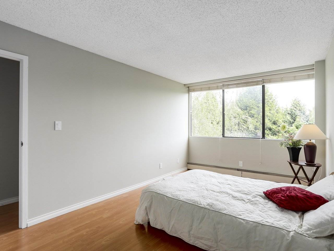 "Photo 14: 403 9320 PARKSVILLE Drive in Richmond: Boyd Park Condo for sale in ""MASTER GREEN"" : MLS® # R2175892"