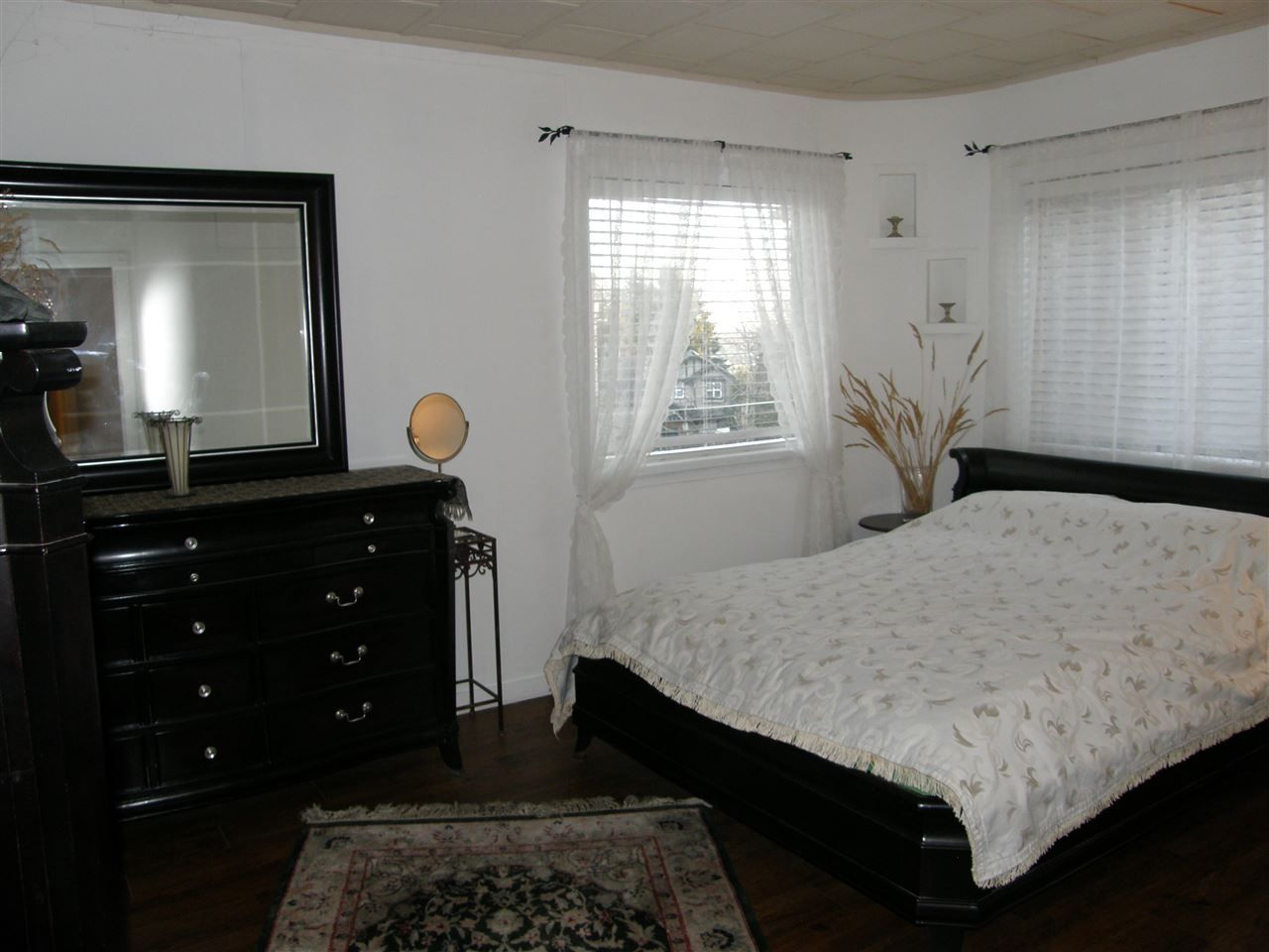 Photo 8: Photos: 788 CALVERHALL Street in North Vancouver: Calverhall House for sale : MLS® # R2245708
