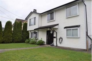 Main Photo: 17230 64 Avenue in Surrey: Cloverdale BC House for sale (Cloverdale)  : MLS®# R2268770