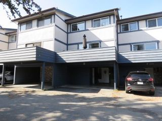 Main Photo: E 4845 LINDEN Drive in Delta: Hawthorne Townhouse for sale (Ladner)  : MLS®# R2309767