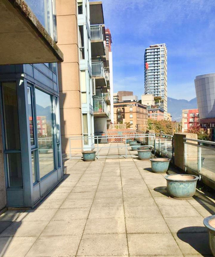 "Main Photo: 311 555 ABBOTT Street in Vancouver: Downtown VW Condo for sale in ""PARIS PLACE"" (Vancouver West)  : MLS®# R2314194"