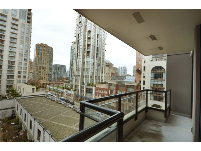 Photo 5: 702 1295 RICHARDS Street in Vancouver: Downtown VW Condo for sale (Vancouver West)  : MLS(r) # V924739