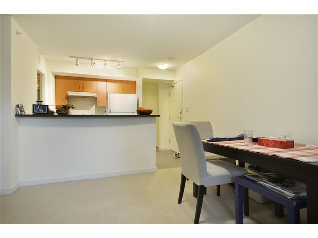 Photo 4: 702 1295 RICHARDS Street in Vancouver: Downtown VW Condo for sale (Vancouver West)  : MLS(r) # V924739