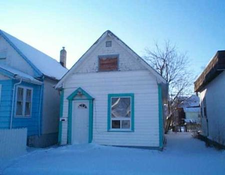 Main Photo: 1018 Burrows Avenue: Residential for sale (North End)  : MLS(r) # 2720211