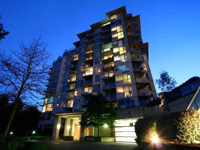 Main Photo: 303 2733 CHANDLERY Place in Vancouver: Fraserview VE Condo for sale (Vancouver East)  : MLS(r) # V1000744