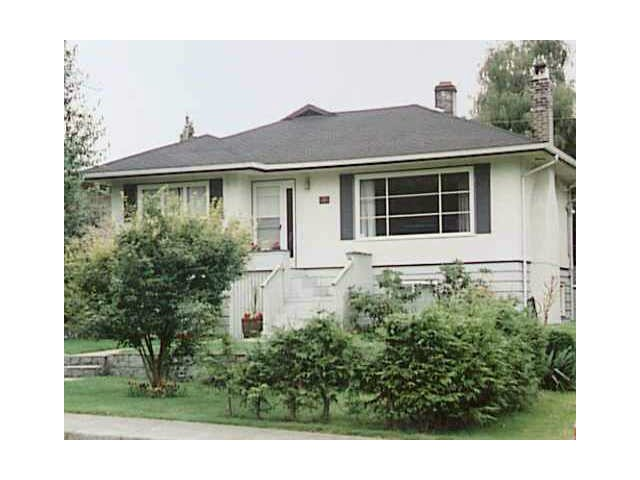 Main Photo: 353 W 18TH Street in North Vancouver: Central Lonsdale House for sale : MLS® # V1061355