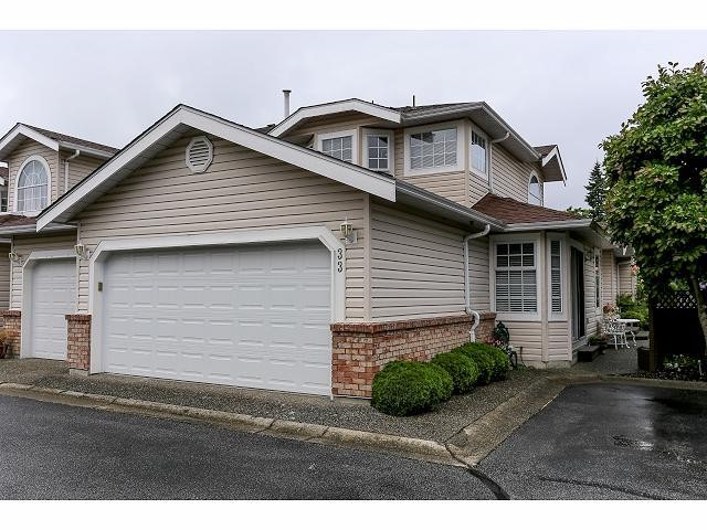 "Main Photo: 33 9168 FLEETWOOD Way in Surrey: Fleetwood Tynehead Townhouse for sale in ""The Fountains"" : MLS® # F1414728"