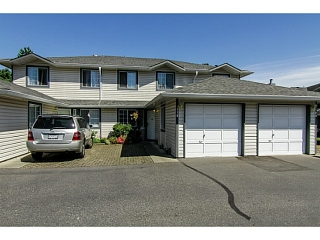 "Main Photo: 110 5360 201ST Street in Langley: Langley City Townhouse for sale in ""GARDEN GROVE"" : MLS® # F1433441"