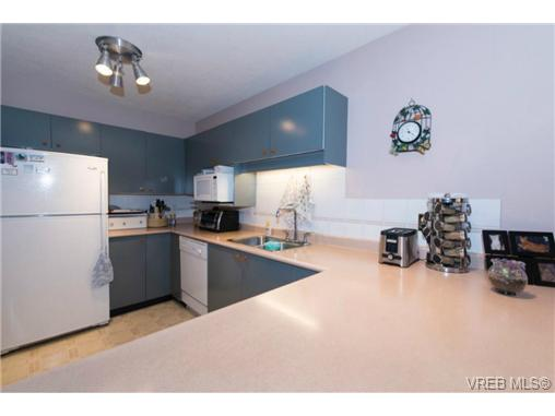 Photo 16: 106 3880 Quadra Street in VICTORIA: SE Quadra Condo Apartment for sale (Saanich East)  : MLS(r) # 368176