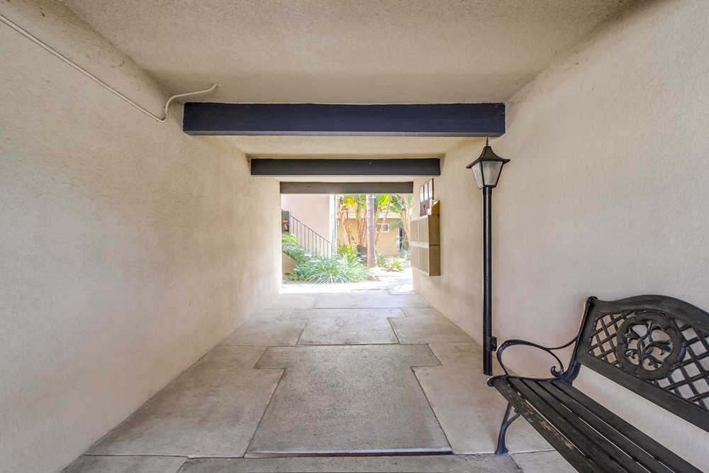 Photo 4: UNIVERSITY HEIGHTS Condo for sale : 1 bedrooms : 4541 FLORIDA STREET #102 in San Diego