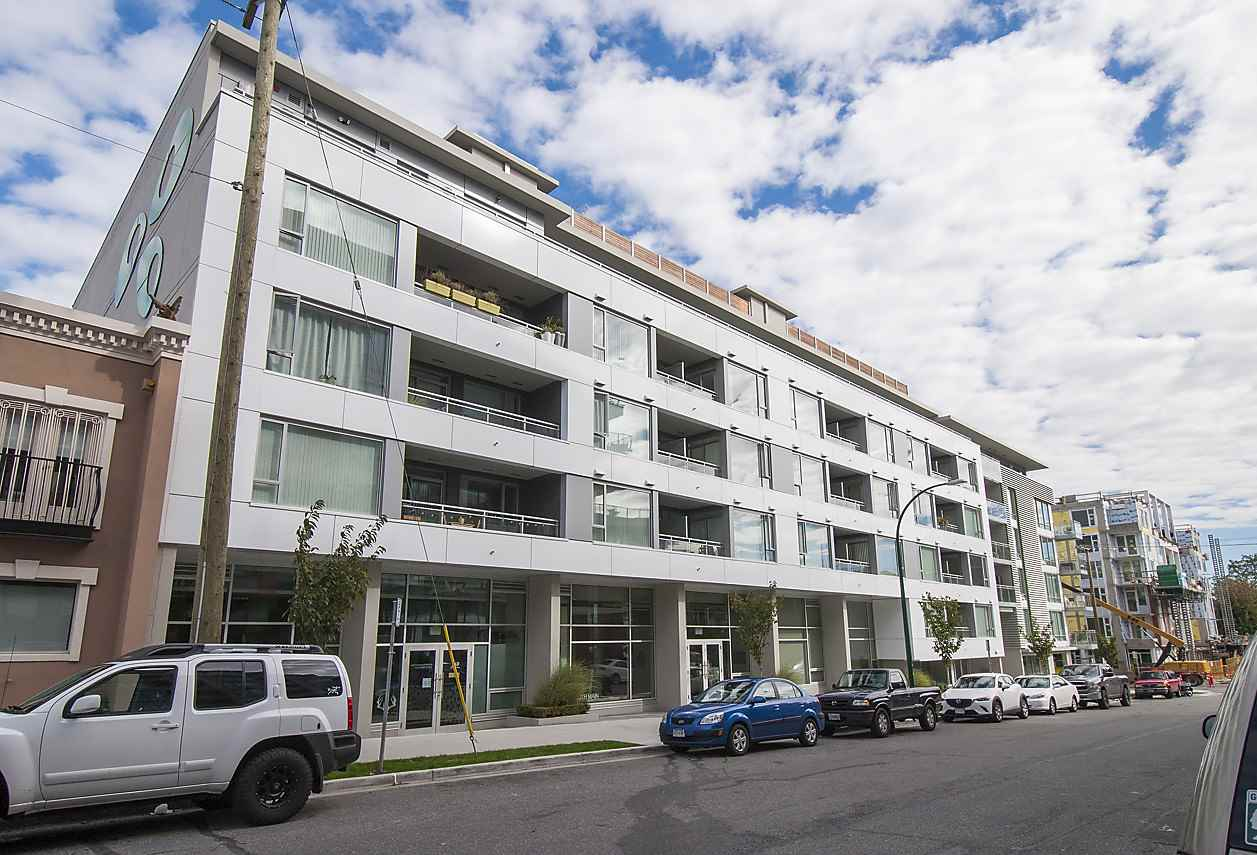 "Main Photo: 303 289 E 6TH Avenue in Vancouver: Mount Pleasant VE Condo for sale in ""SHINE"" (Vancouver East)  : MLS(r) # R2112241"