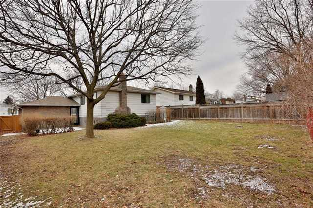 Photo 18: 2386 Wyandotte Drive in Oakville: Bronte West House (Bungalow-Raised) for sale : MLS® # W3704029