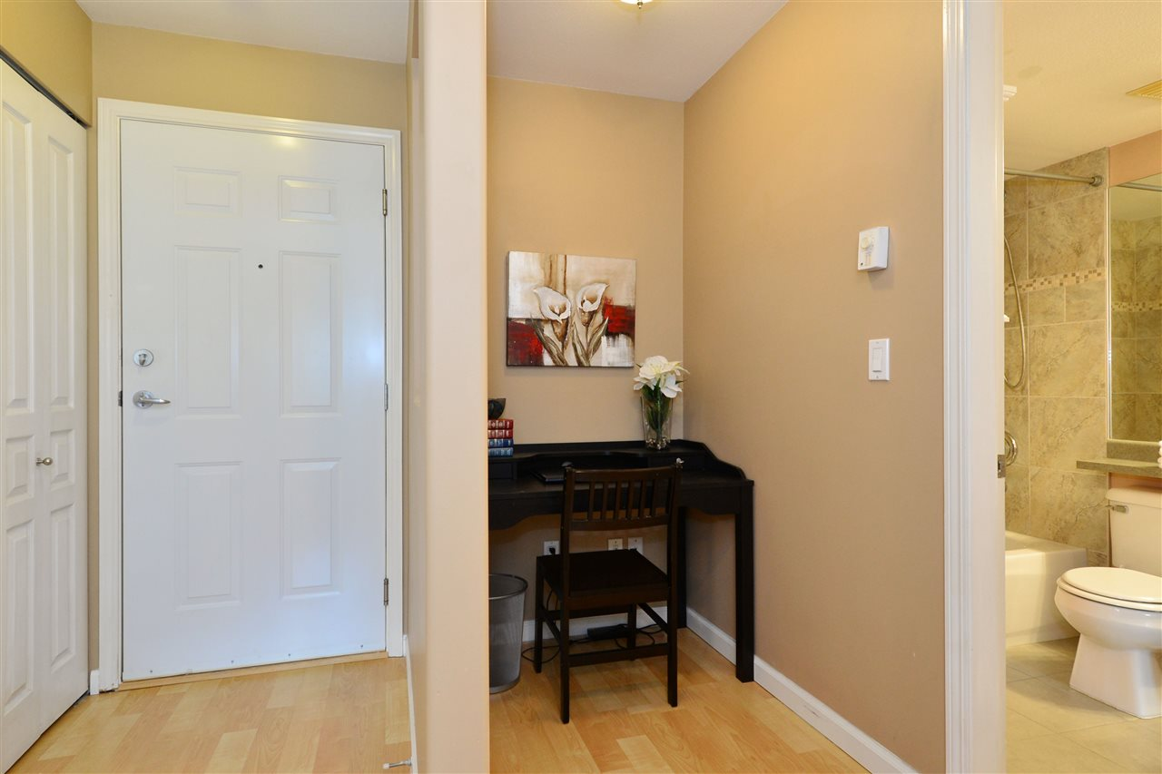 "Photo 15: 103 20200 56 Avenue in Langley: Langley City Condo for sale in ""THE BENTLEY"" : MLS® # R2142341"
