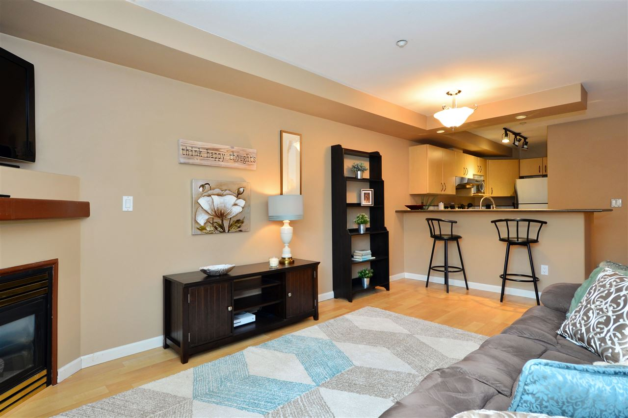 "Photo 4: 103 20200 56 Avenue in Langley: Langley City Condo for sale in ""THE BENTLEY"" : MLS® # R2142341"