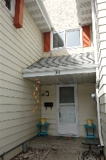 Main Photo: 3C CALLINGWOOD Court in Edmonton: Zone 20 Townhouse for sale : MLS(r) # E4053298