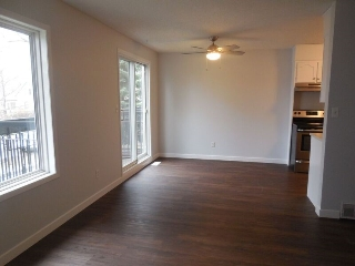 Main Photo:  in Edmonton: Zone 18 Townhouse for sale : MLS(r) # E4053549