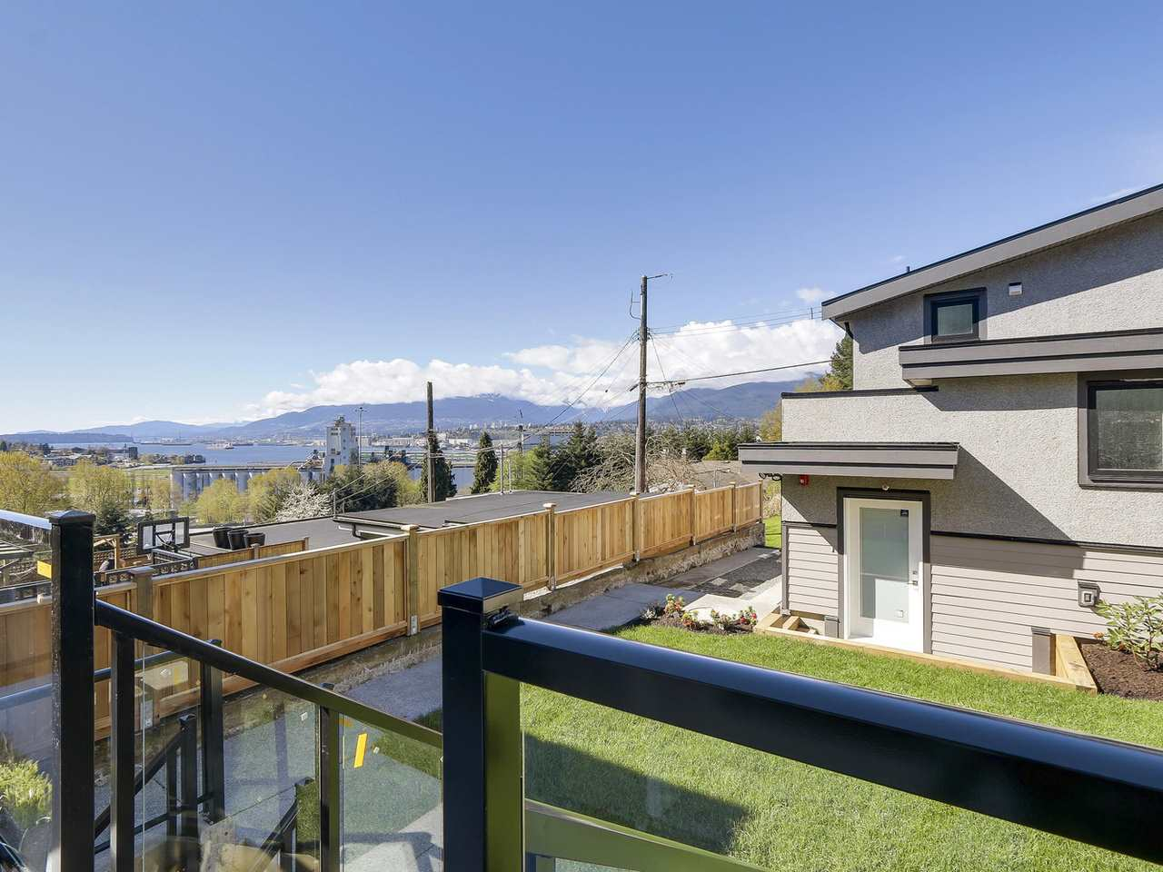 Photo 17: 3539 ETON Street in Vancouver: Hastings East House for sale (Vancouver East)  : MLS® # R2159493