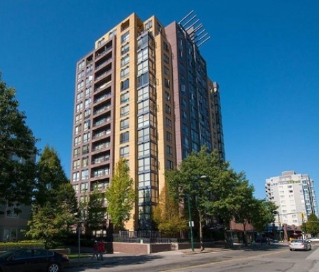 "Main Photo: 1207 3438 VANNESS Avenue in Vancouver: Collingwood VE Condo for sale in ""THE CENTRO"" (Vancouver East)  : MLS® # R2160124"