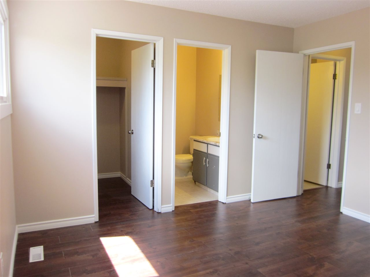 Master bedroom has walk-in closet and 2 pcs. ensuite.