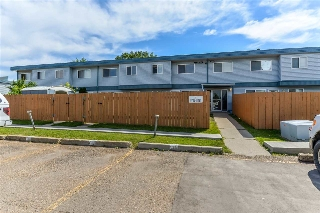 Main Photo: 1C 8725 184 Street in Edmonton: Zone 20 Townhouse for sale : MLS(r) # E4071138