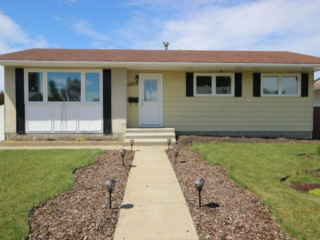Main Photo:  in Edmonton: Zone 02 House for sale : MLS(r) # E4074614