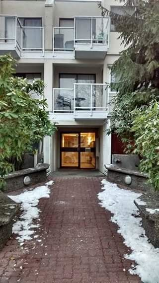 "Main Photo: 107 830 E 7TH Avenue in Vancouver: Mount Pleasant VE Condo for sale in ""FAIRFAX"" (Vancouver East)  : MLS® # R2227076"