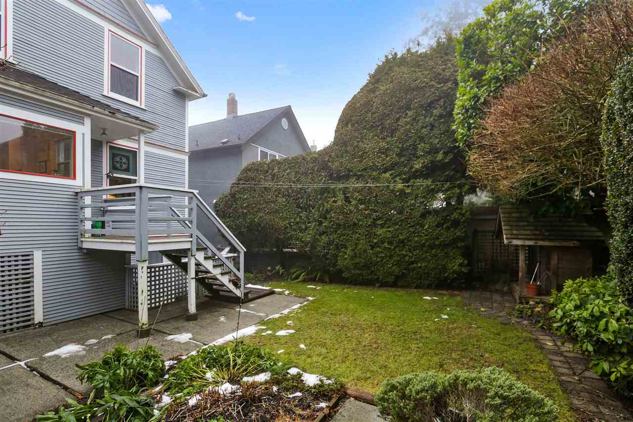 Photo 20: Photos: 242 E 28TH Street in North Vancouver: Upper Lonsdale House for sale : MLS® # R2233565