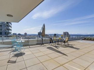 "Main Photo: 306 112 E 13TH Street in North Vancouver: Central Lonsdale Condo for sale in ""CENTREVIEW"" : MLS® # R2246946"