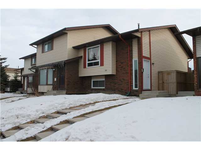 Main Photo: 39 Castlebrook Way NE in Calgary: Castleridge House for sale : MLS® # C3555411
