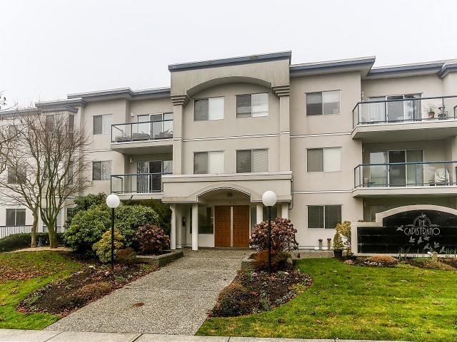 Main Photo: 306 1441 BLACKWOOD Street: White Rock Condo for sale (South Surrey White Rock)  : MLS®# F1404335