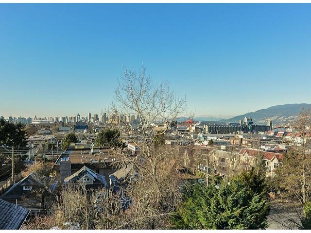 "Photo 19: 1814 E PENDER Street in Vancouver: Hastings Townhouse for sale in ""AZALEA HOMES"" (Vancouver East)  : MLS® # V1051710"