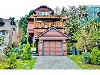Main Photo: 965 NOONS CREEK Drive in Port Moody: North Shore Pt Moody House for sale : MLS(r) # V1114042