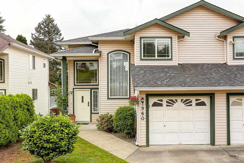 Main Photo: 960 DELESTRE Avenue in Coquitlam: Maillardville House 1/2 Duplex for sale : MLS®# R2073096