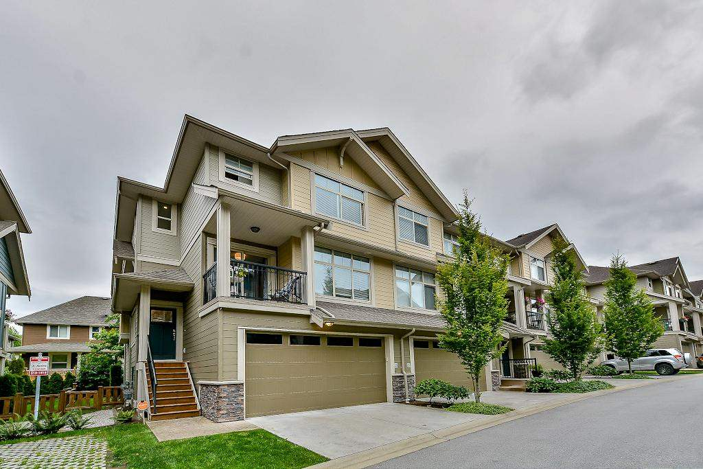 "Main Photo: 39 22225 50 Avenue in Langley: Murrayville Townhouse for sale in ""MURRAY'S LANDING"" : MLS® # R2084427"