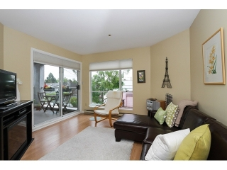 "Main Photo: 303 3505 W BROADWAY in Vancouver: Kitsilano Condo for sale in ""COLLINGWOOD PLACE"" (Vancouver West)  : MLS® # R2086967"