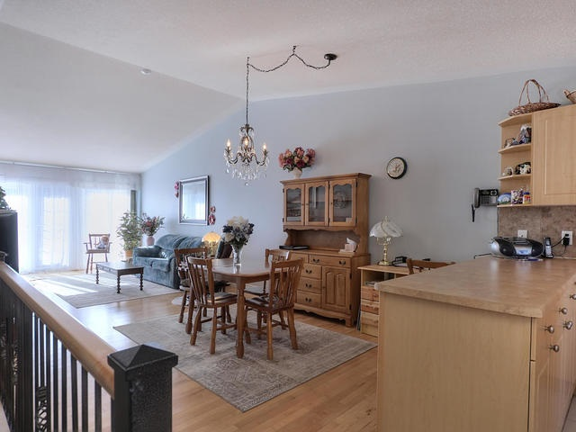 Photo 4: 18 3 Spruce Ridge Drive: Spruce Grove Townhouse for sale : MLS(r) # E4053084