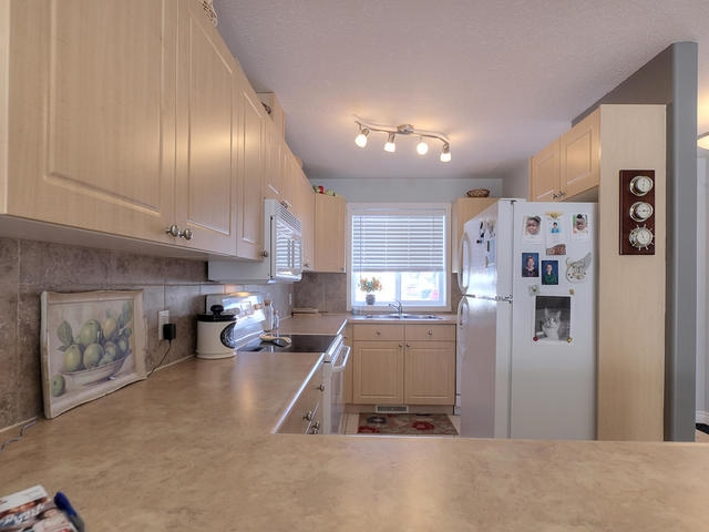 Photo 6: 18 3 Spruce Ridge Drive: Spruce Grove Townhouse for sale : MLS(r) # E4053084