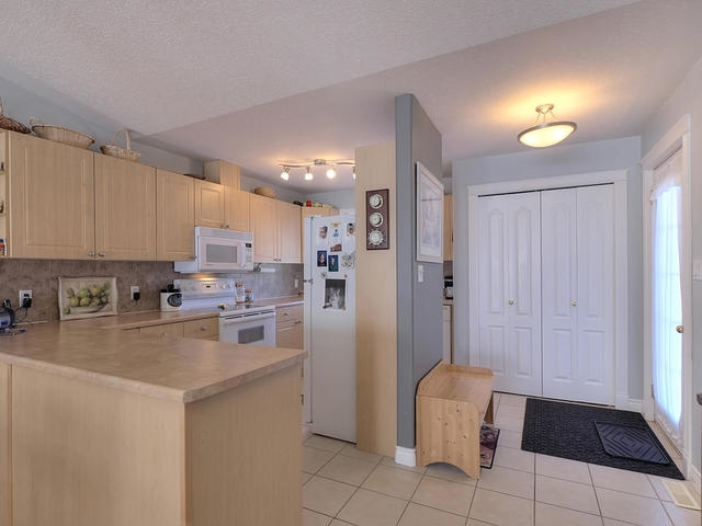 Photo 5: 18 3 Spruce Ridge Drive: Spruce Grove Townhouse for sale : MLS(r) # E4053084