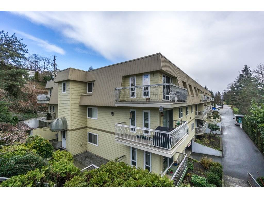 "Main Photo: 224 7436 STAVE LAKE Street in Mission: Mission BC Condo for sale in ""GLENKIRK COURT"" : MLS®# R2143351"