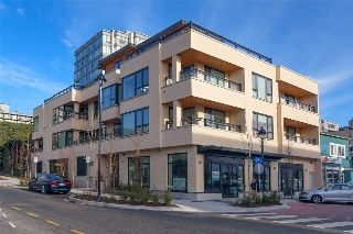 "Main Photo: 202 522 15TH Street in West Vancouver: Ambleside Condo for sale in ""Ambleside Citizen"" : MLS(r) # R2146032"