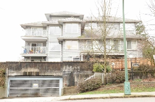 "Main Photo: 307 11671 FRASER Street in Maple Ridge: East Central Condo for sale in ""BELMAR TERRACE"" : MLS(r) # R2147495"