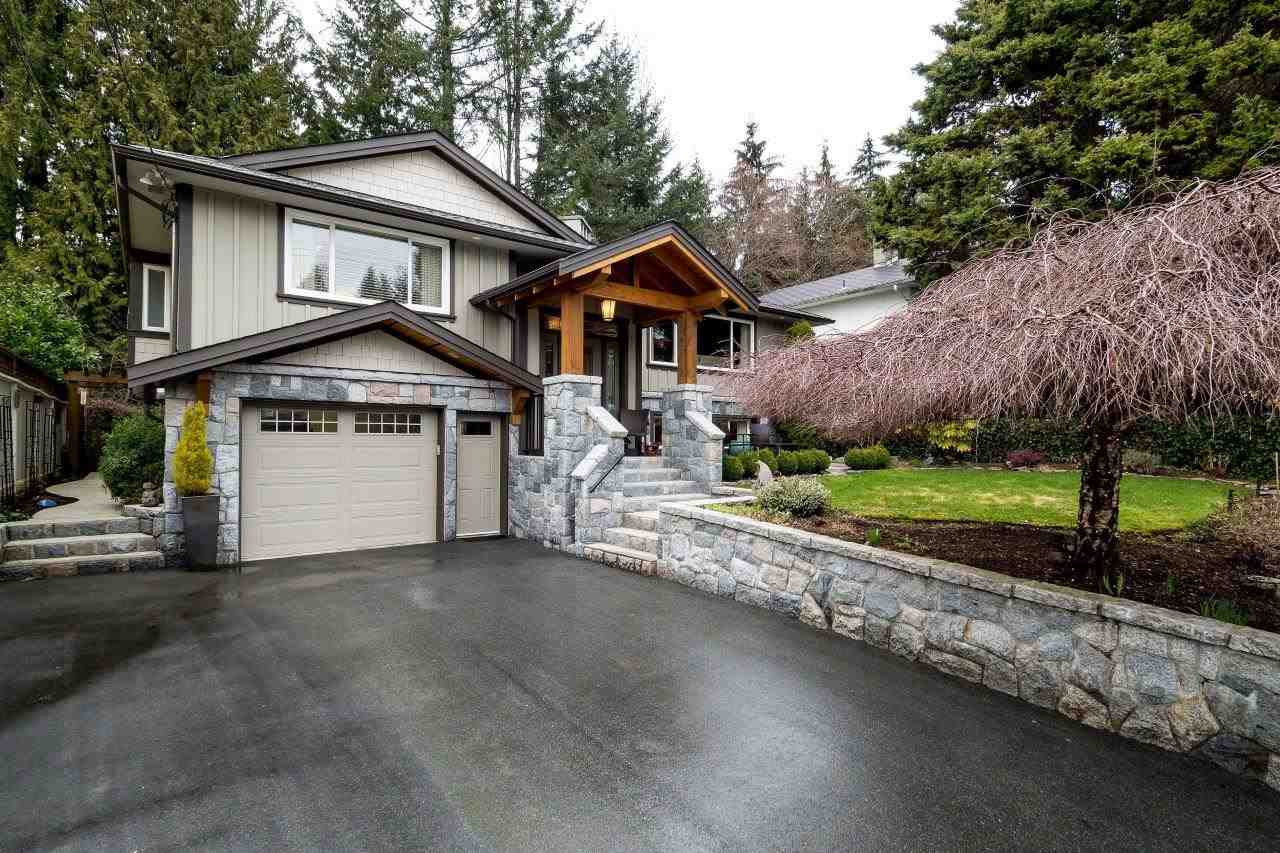 Main Photo: 2429 KILMARNOCK Crescent in North Vancouver: Westlynn Terrace House for sale : MLS(r) # R2148177