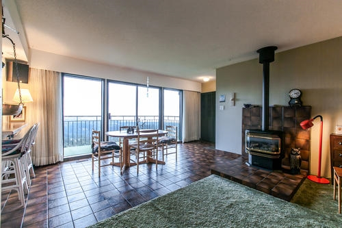 "Photo 13: 507 CRAIGMOHR Place in West Vancouver: Glenmore House for sale in ""GLENMORE"" : MLS(r) # R2155569"