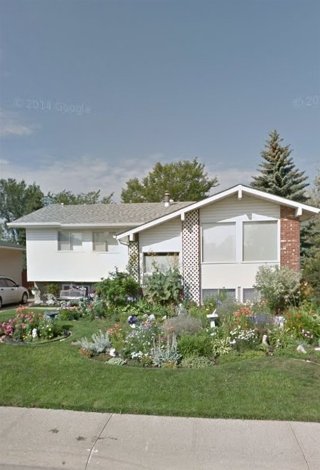 Main Photo: 8412 177A Street in Edmonton: Zone 20 House for sale : MLS(r) # E4065411