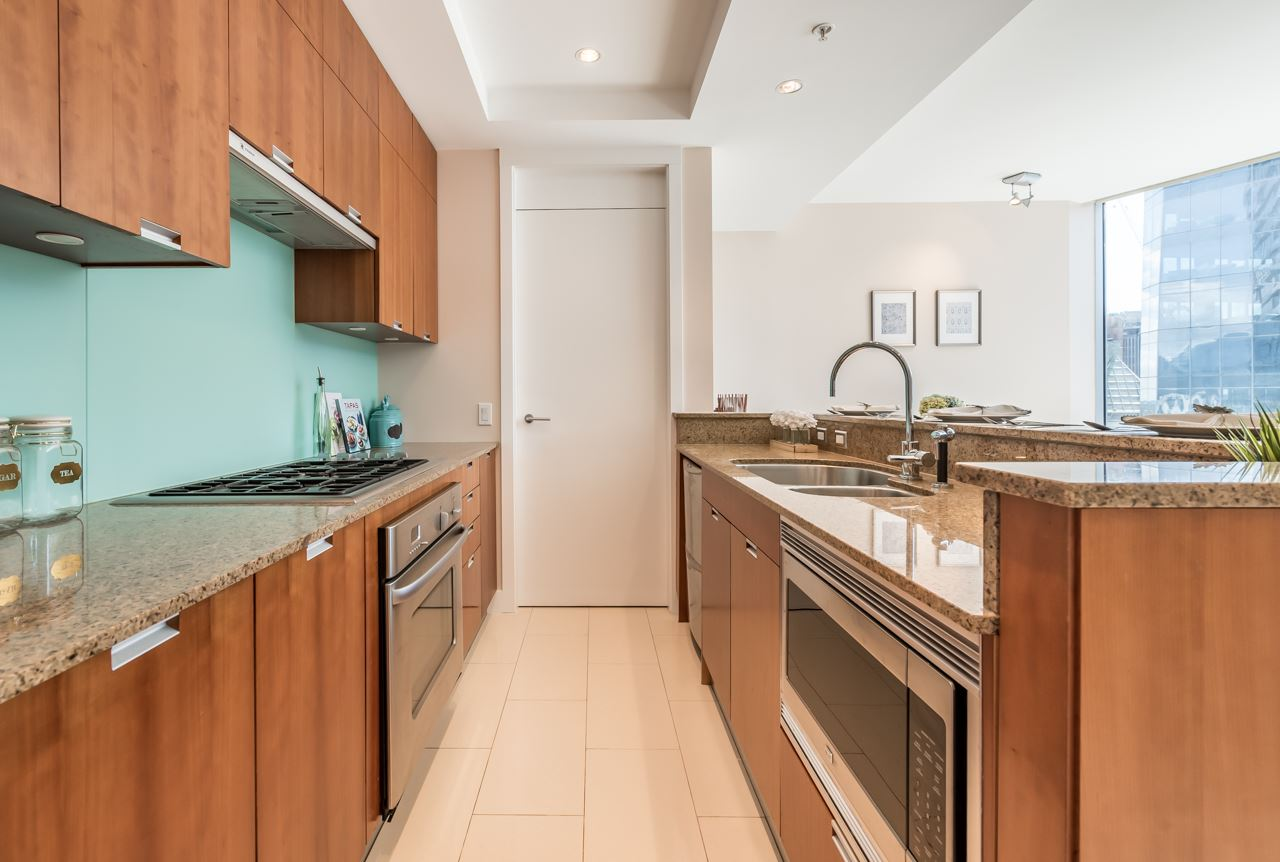 Open Kitchen with High-end Appliances