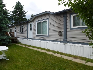 Main Photo: 78 4819 51 Avenue: Millet Mobile for sale : MLS(r) # E4068957