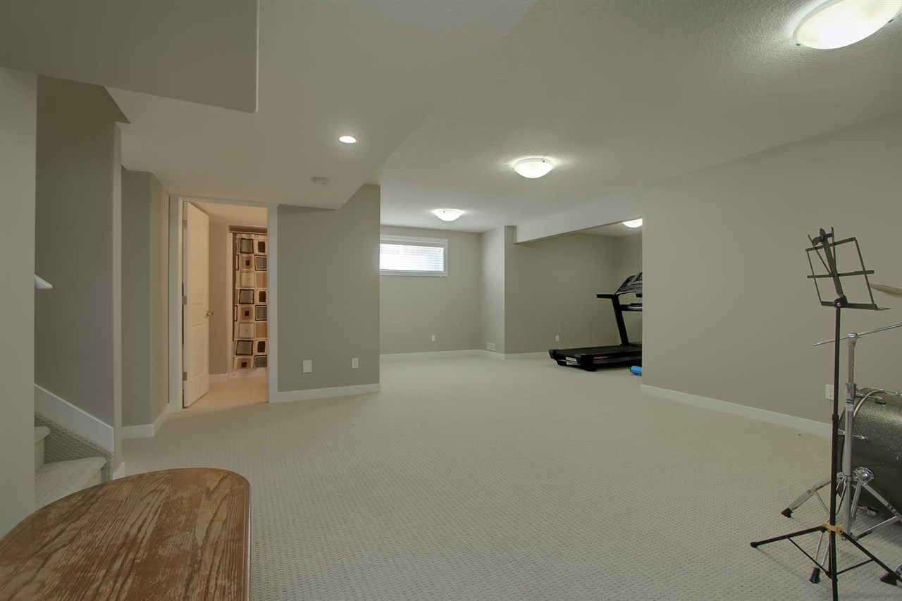 Photo 17: 1445 WATES LI SW SW in Edmonton: Zone 56 House for sale : MLS(r) # E4068877