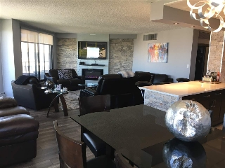 Main Photo:  in Edmonton: Zone 12 Condo for sale : MLS® # E4071894