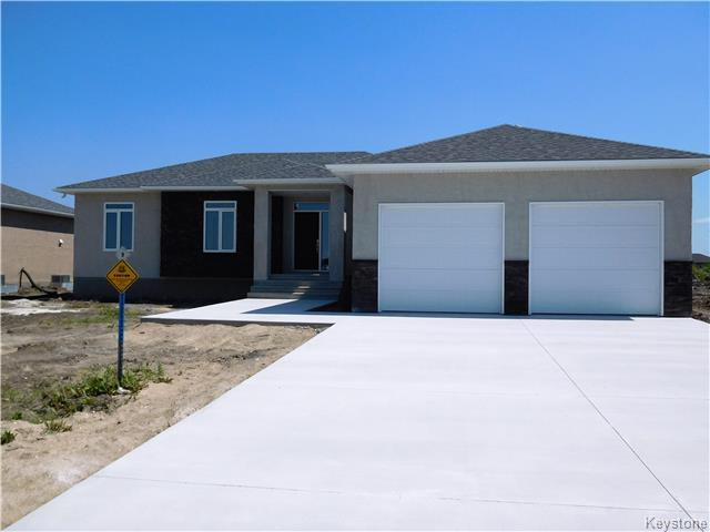 Main Photo: 9 ASTON Cove in Steinbach: R16 Residential for sale : MLS® # 1719655