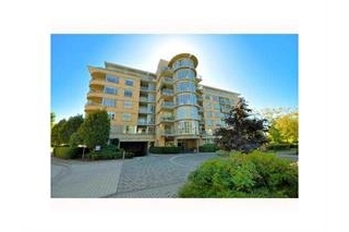 "Main Photo: 505 2655 CRANBERRY Drive in Vancouver: Kitsilano Condo for sale in ""NEW YORKER"" (Vancouver West)  : MLS® # R2197697"